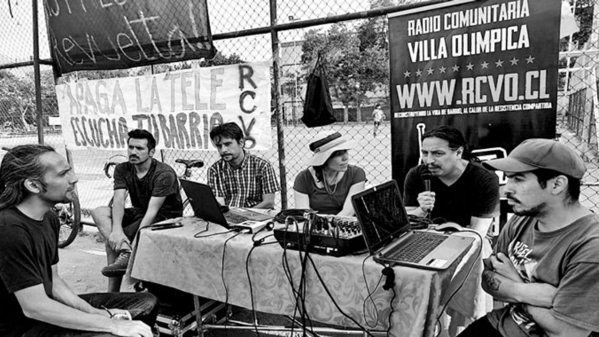 Equipo Radio Comunitaria Villa Olímpica, Ñuñoa